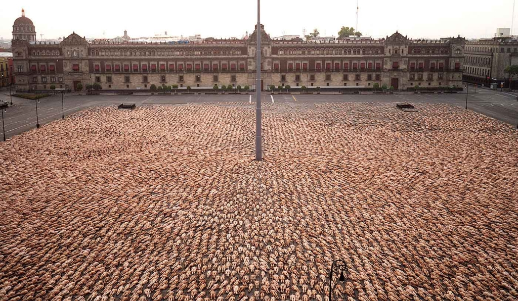 spencertunick johnniewalker colombia nethunting storytelling 01